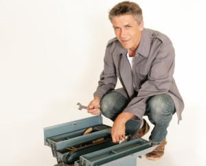 Werkzeugkoffer pflegen und reinigen