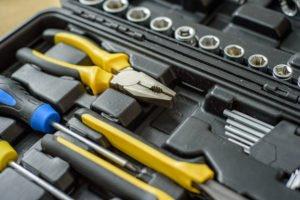 Werkzeugkoffer oder Werkbank – was ist besser geeignet?